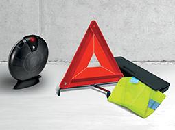 Triángulos de seguridad y kit de emergencia