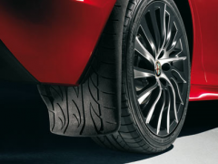 Faldillas traseras con motivo banda de rodamiento para Alfa Romeo Giulietta
